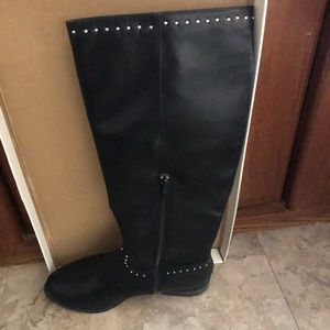 Black Knee- High Boots